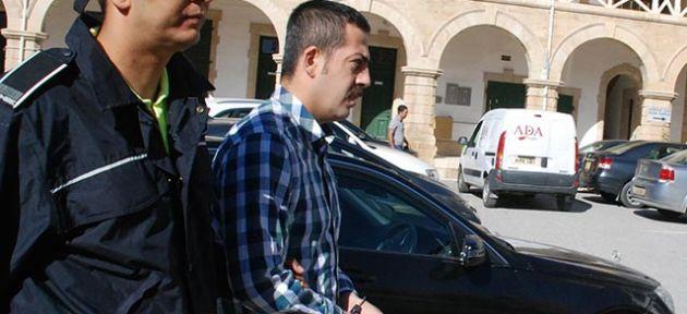 Ali Cavuldak'a 2 ay hapislik