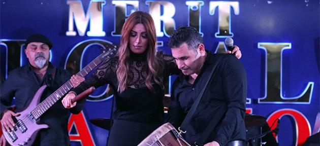 Arap yıldızlar Merit sahnesinde