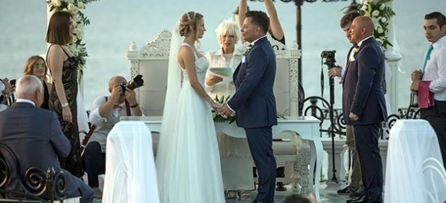 Hande ve Deniz'e  romantik tören