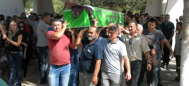 Gülsüm Aksöz Lefkoşa'da toprağa verildi