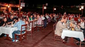 Rakı Festivali'ne  yoğun katılım oldu