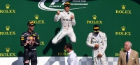 Rosberg uçtu