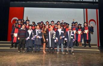 YDÜ Mühendislik Fakültesi 22. Dönem Güz Mezuniyet Töreni gerçekleştirildi