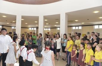Yeşilyurt Özel Eğitim Merkezi öğrencilerinin yılsonu resim ve sanat sergisi açıldı