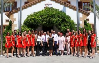 Miss Kuzey Kıbrıs 2019 Yarışması finalistleri, Meral Akıncı'yı ziyaret etti