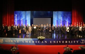 """GAÜ'nün """"Okyanuslar"""" temalı 2019-2020 akademik yılı düzenlenen tören ile başladı"""