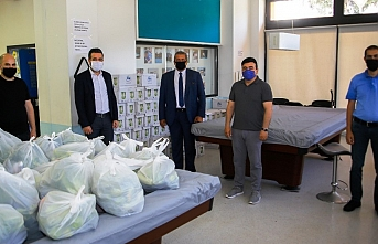 Halkın Partisi süt bağışı yaptı