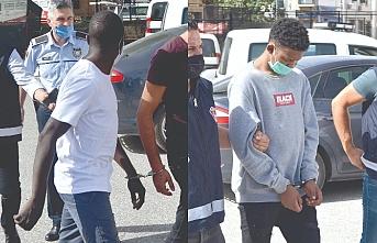 Mohamed Hussein'in suç ortağı aranıyor