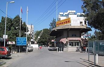 Ledra Palace kapısı açıldı