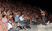 Yıldız Tilbe binlerce kişiye unutamayacakları bir gece yaşattı