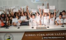 Elit Eğitim Merkezi, tüm öğrencilerini taçlandırdı
