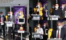 Lefkoşa Merkez Lions Kulübü, Onkoloji Servisi'ne iki adet hasta başı ayaklı monitör cihazı bağışında bulundu