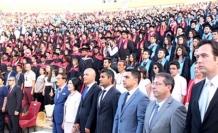 Bin 260 öğrenci  diploma aldı