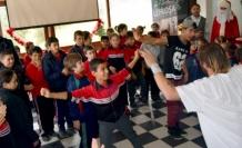 Çocukların dans keyfi