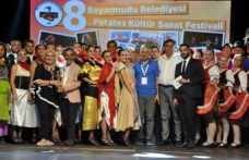 Beyarmudu Patates Kültür Sanat Festivali, yoğun katılımın olduğu gala gecesi ile başladı
