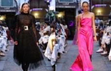 Sudi Etuz, Mercedes Benz Fashion Week Istanbul kapsamında Çiçek Pasajı'nda defile düzenledi