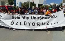 Levent Primary School öğretmen ve öğrencileri, velilerin de katılımı ile kortej yürüyüşü düzenledi