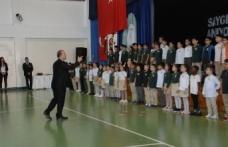 Doğu Akdeniz Doğa Anaokulu ve İlkokulunda 10 Kasım günü tören yapıldı