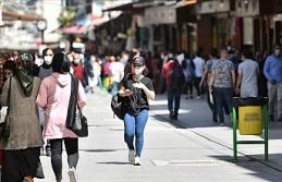 Türkiye'de hafta içi 21.00-05.00 arası sokağa çıkma yasağı kondu