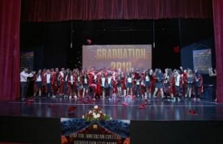 GAÜ Amerikan Koleji ortaokulu mezuniyet töreni gerçekleşti
