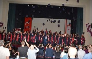 YDÜ Mühendislik Fakültesi bünyesindeki 259 öğrenci...