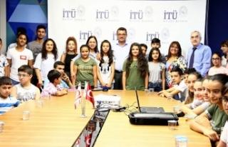 Başbakanlık ile İTÜ çocuklara ve gençlere yaz...