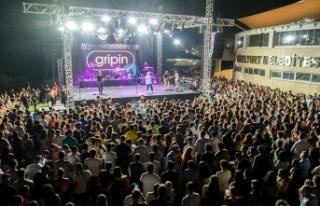 Portakal Festivalinde konser veren Gripin, en özel...