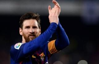 Barcelona'nın yeni kaptanı Messi
