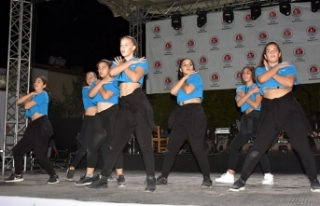 17. Zeytin Festivali muhteşem konserle son buldu