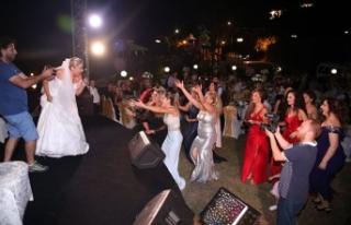 Ayşegül Zaim, düğün gecesinde eşi Gazi Güney'e...