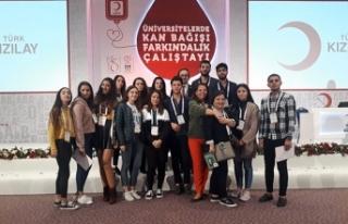 LAÜ öğrencileri Antalya'da Kan Bağışı Farkındalık...