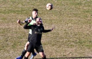 Esentepe, Mesarya'yı gole boğdu 6-1