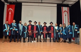 YDÜ Spor Bilimleri Fakültesi Güz Dönemi mezuniyet...