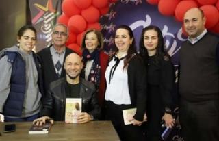Aşk romanlarının usta kalemi Kahraman Tazeoğlu,...