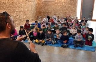 """Girne Belediyesi'nin, """"Eğitime Kısa Bir Mola""""..."""
