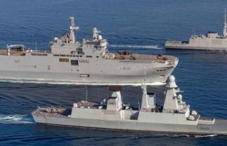 Savaş gemileri Mari'ye