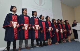 YDÜ Sağlık Bilimleri Fakültesi Güz Dönemi mezuniyet...