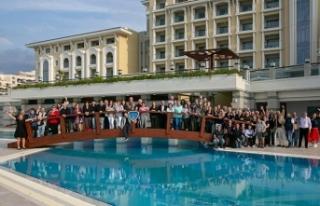 20 farklı ülkeden 200 briç oyuncusu Merit Royal'de...