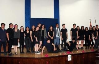 TED Kuzey Kıbrıs Koleji geleneksel şiir günü...