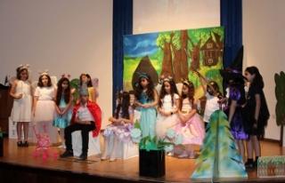 TED Kuzey Kıbrıs Koleji ortaokul ve lise kulüp...