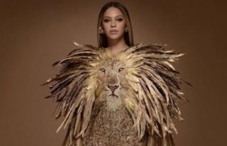 Beyonce'den ilginç kıyafet
