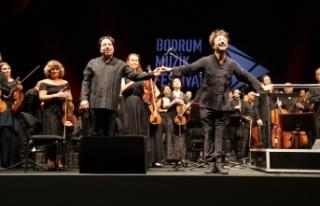 15. Bodrum Müzik Festivali'nde Umut senfonisi ayakta...