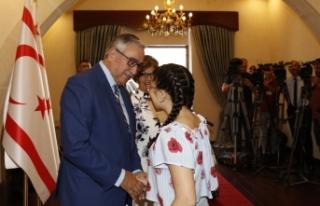 Akıncı çifti, Cumhurbaşkanlığında bayram tebriklerini...