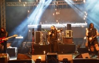 Hayko Cepkin Girne'de muhteşem bir konsere imza...