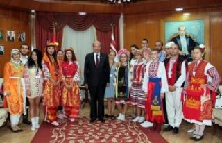 KKTC'deki halk dansları festivaline Türkiye, Bulgaristan,...