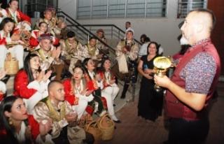 İskele Belediyesi Halk Dansları Topluluğu, Balçova'da...