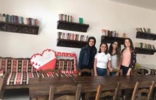 LAÜ öğrencileri Kıbrıs Türk Kızılayı Lefke...
