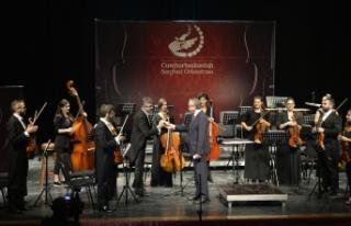 Cumhurbaşkanlığı Senfoni Orkestrası'nın Murat...