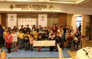 Merit Lefkoşa Hotel, düzenlediği yemekte 100 çocuğa...