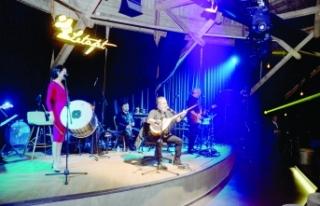Soner Olgun Merit Park sahnesinde yine müzik ziyafeti...
